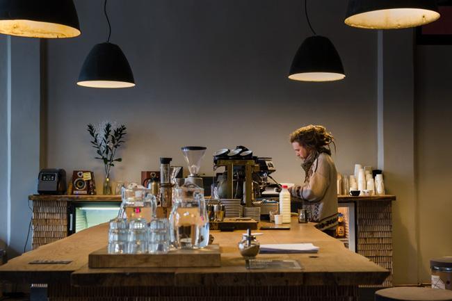 Cafeteria só aceita bitcoins como pagamento em Praga