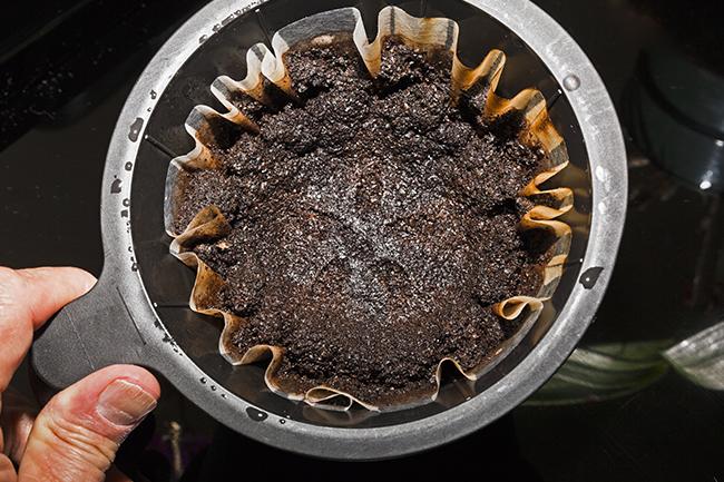borra-cafe-purifica-agua
